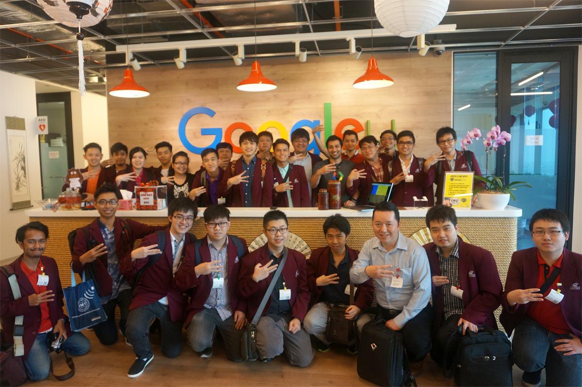 Studi Ekskursi Teknik Informatika Program IMT Universitas Ciputra mengunjugi tempat kerja di Google Office, Januari 27, 2016