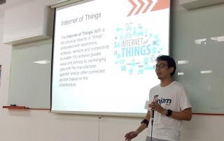 Sofian Hadiwijaya memberikan wawasan mengenai Internet of Things